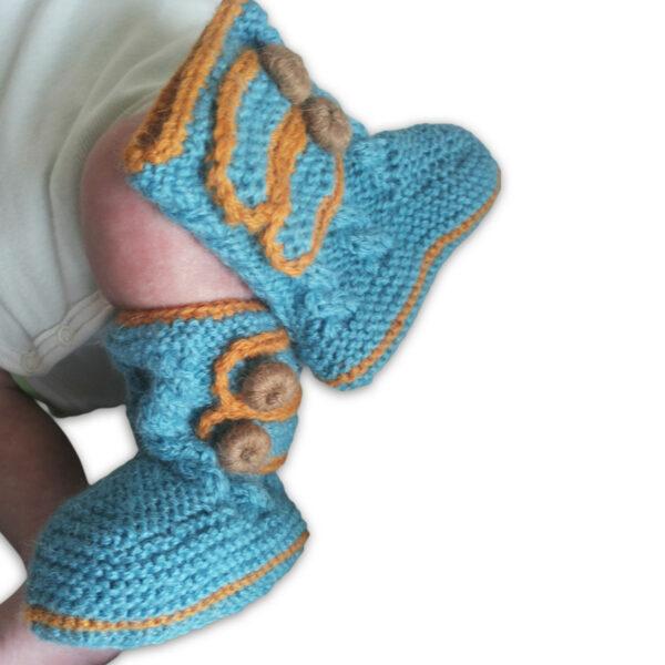 Chill n Feel - Handgestrickte Baby Boots aus 100% Baby Alpaka Eisblau Orange (3)