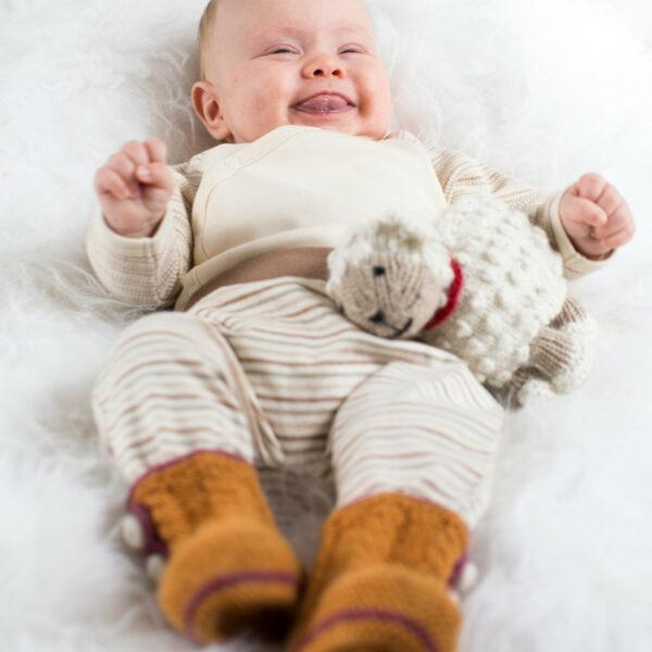 Chill n Feel - Handgestrickte Baby Boots aus 100% Baby Alpaka Orange Orchidee (8)