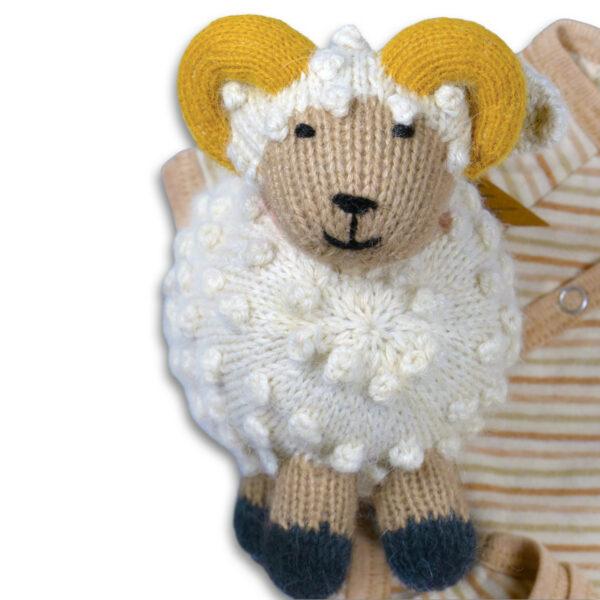 Chill n Feel - Baby Geschenkset Schafbock u. Bio Wickelbody aus Pima Baumwolle (4)