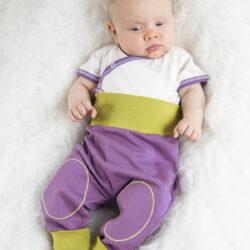 Baby Krabbelhose mit warmen Bauchbund
