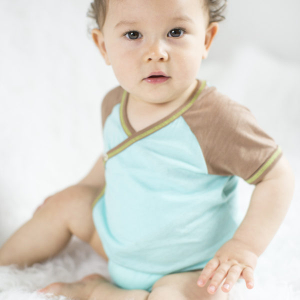 Chill n Feel - Kurzarm-Kimono Body aus Pima Bio-Baumwolle Eisblau Braun (12)
