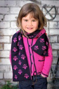 Wertvolle-weihnacht-kreative-und-nachhaltige-geschenkideen-wool-candy-loopschal-schurwolle (2)