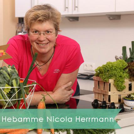 hebamme-und-ernaehrungsberaterin-bei-mama-ocllo-nicola-herrmann-3