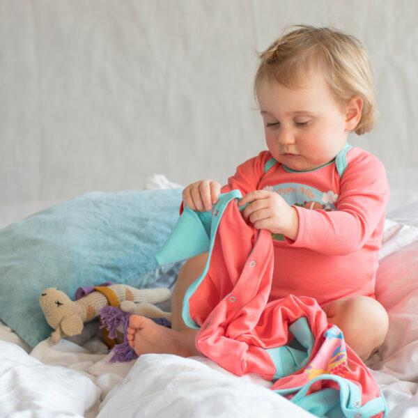 Chill n Feel - Babyanzug lang aus Pima Baumwolle_Koralle (3)