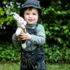 Chill n Feel - Bayern Kuscheltier Hase in Lederhose Tracht aus Biobaumwolle (5)