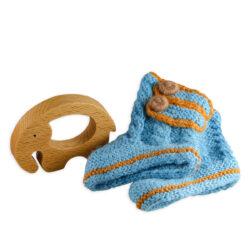 Chill n Feel - Baby-Geschenk Alpaka Boots Blau Holz-Greifling Elefant (1)