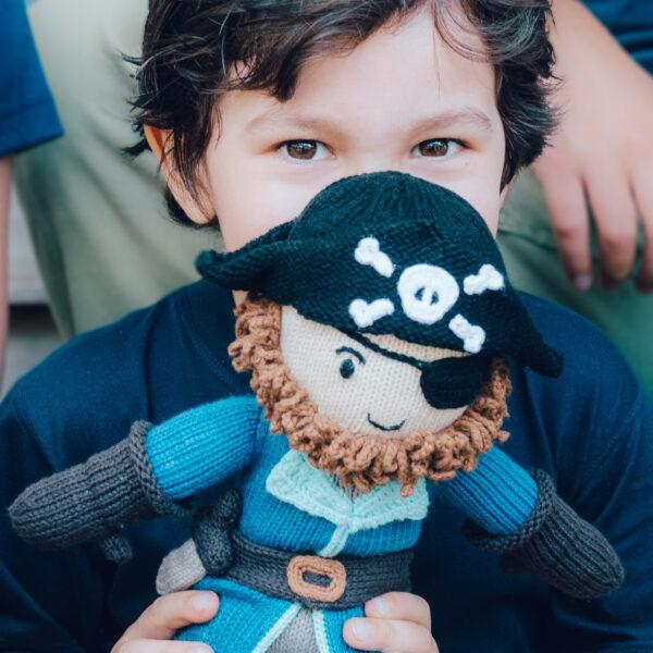Chill n Feel_Öko Puppe Pirat Kapitän Samy_Schadstofffreie Babypuppe_Gesundes Kuscheltier (6)