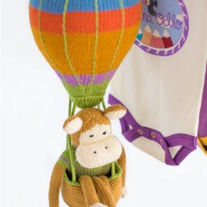 Chill n Feel - Kinderzimmer Deko Heißluftballon und Kuschelaffe