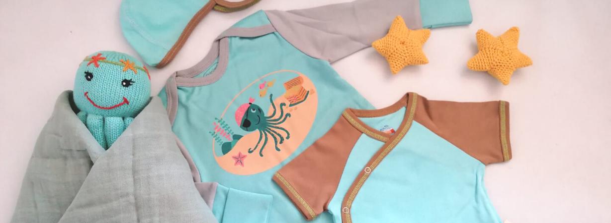 Neugeborenes nachts richtig anziehen